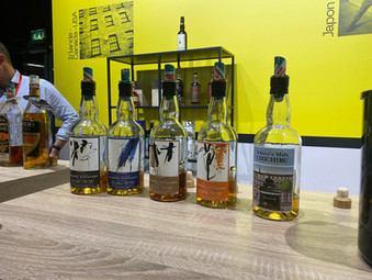 LOVE FROM WHISKY LIVE