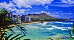 Honolulu_Hawaii_Waikiki Beach - GettyImages-178074545_super