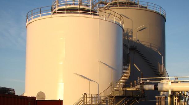 Réservoir hydrocarbures peinture