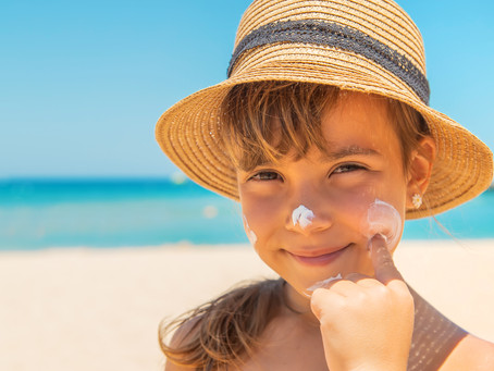 4 Things You Need to Consider When Buying Natural Suncream