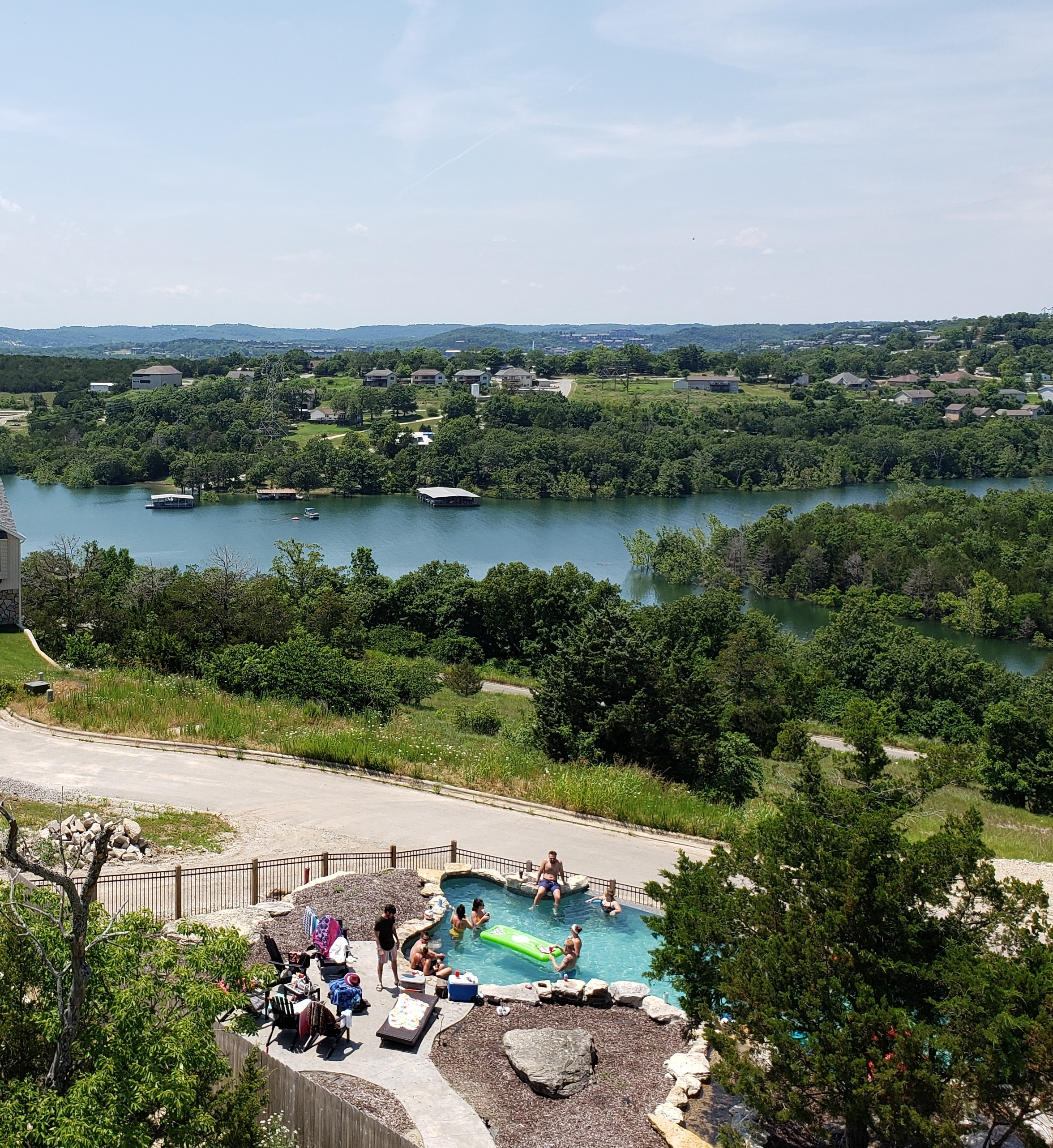 Klassic Lodge - 7 Bedroom - Beth's Breakaways, Branson, MO