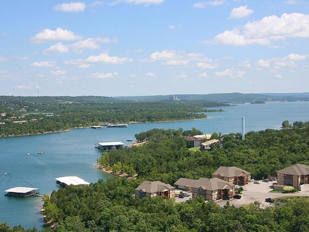 Amazing Lakeview - Branson