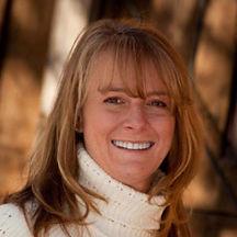 Judy-Daniels-paleobiotica-headshot.jpg
