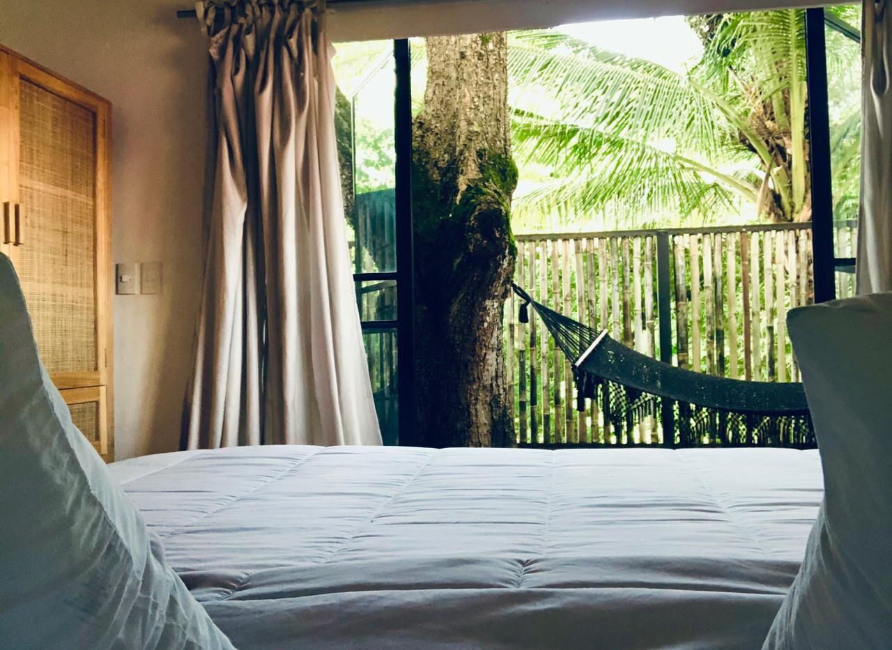 Room 6 bed shot.jpg