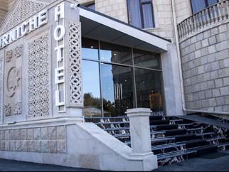 Corniche Hotel Bakü de AlpLock dedi.