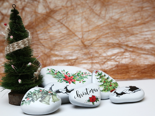 Christmas decorated pebbles - Artsy christmas theme for decorations and gifting - Stozo pebbles