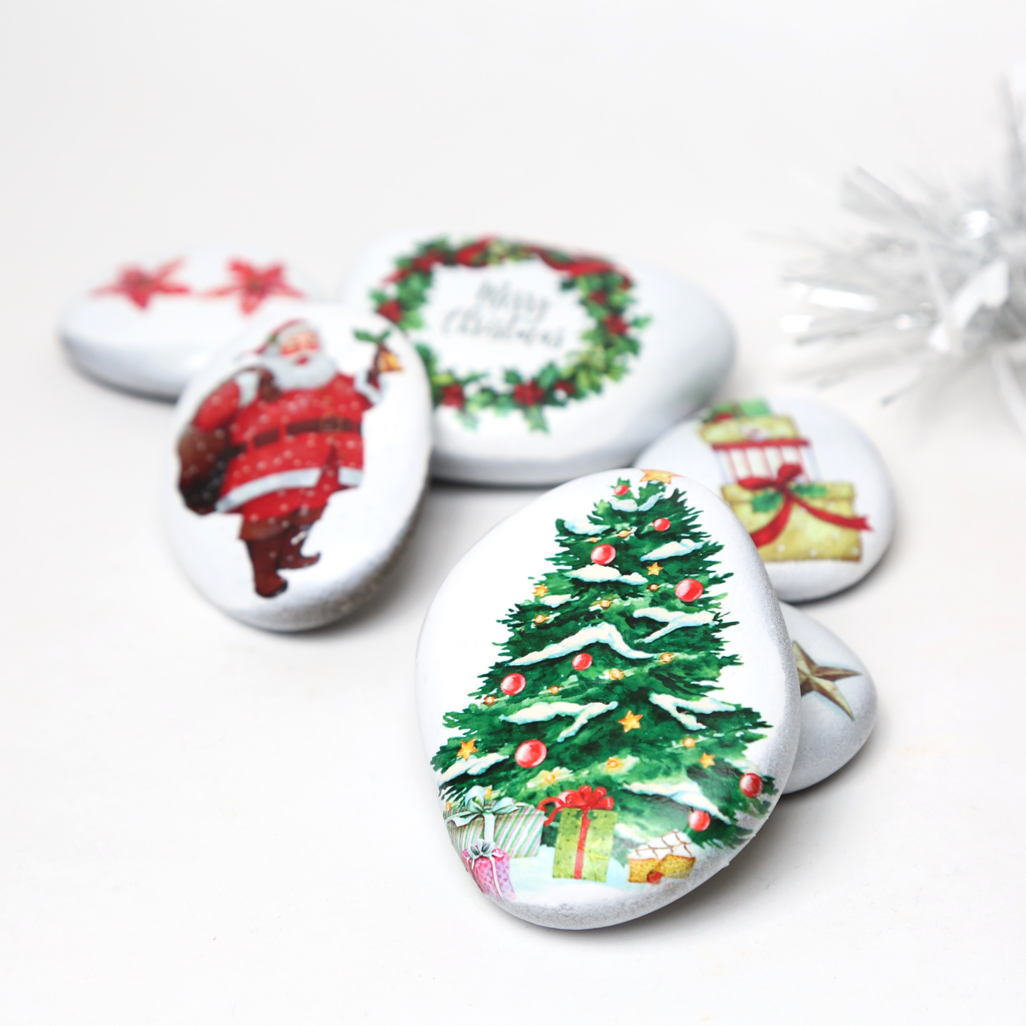 Merry Christmas - Stozo pebbles Decorated pebbles for christmas decorations