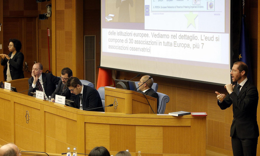 """Presentation """"The recognition of sign language at the EU"""" at the Conference Obiettivo LIS at the Senate - Roma, Italy - 31 January 2014 - ☝ ⏎"""