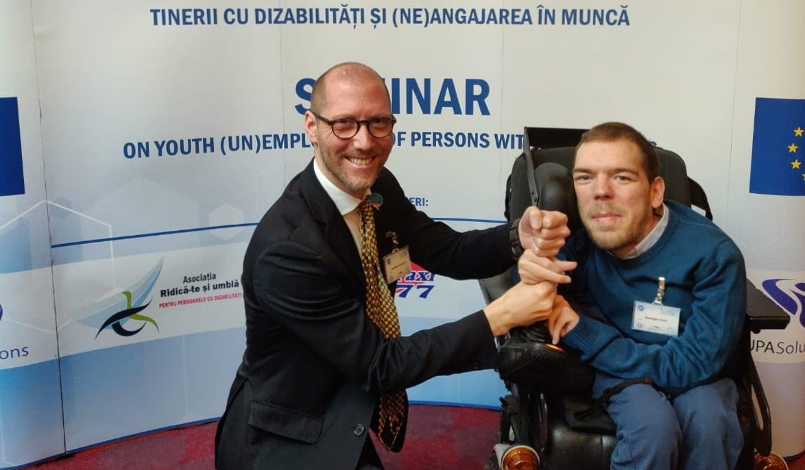 With the Chair of EDF Youth Committee at the Seminar on youth (un)employment of persons with disabilities - Bucharest, Romania - March 2019 - ☝ ⏎