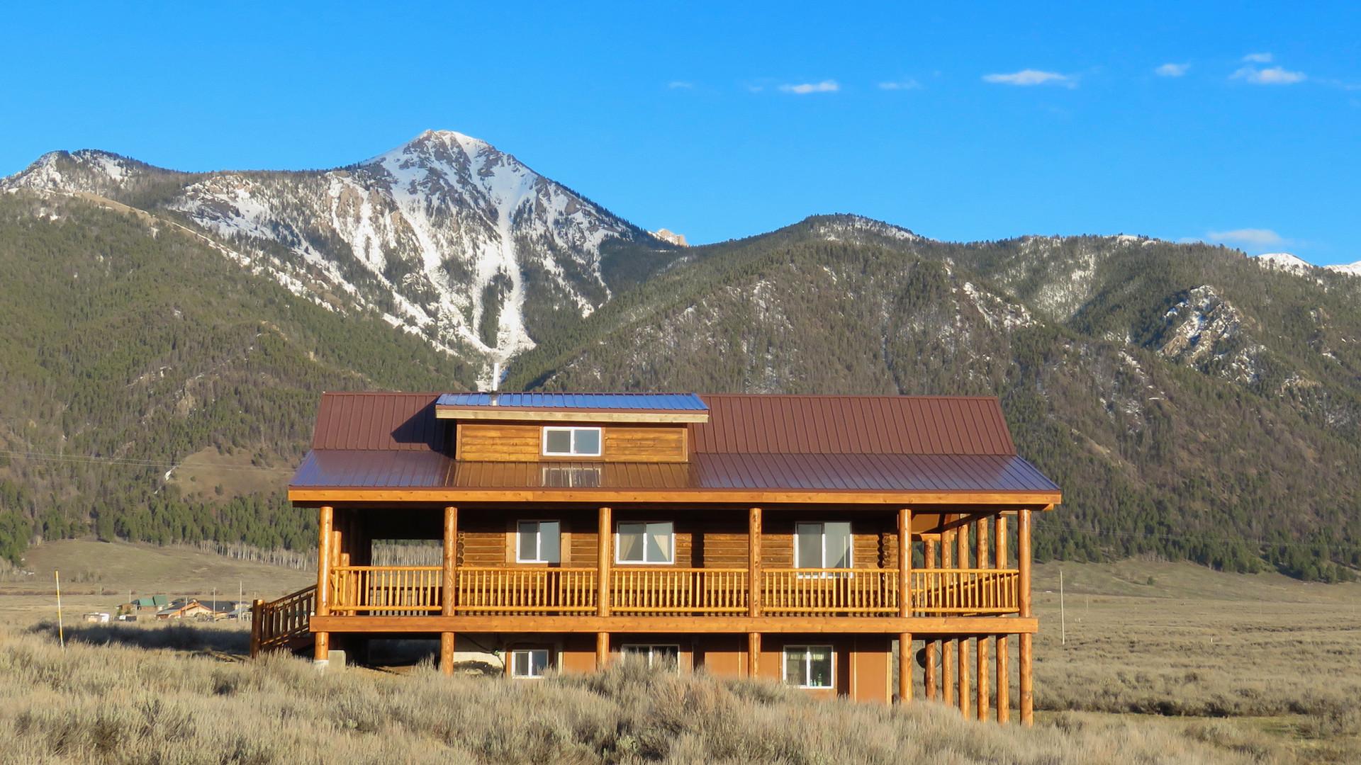 Cabin Montana Hotel