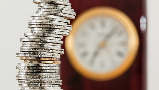 How valuable is financial advice?