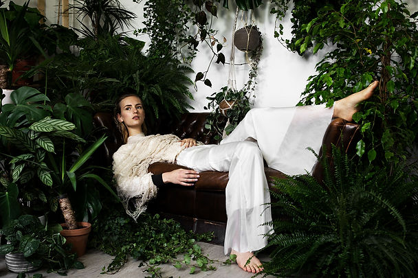 Vogue_Italia_RomyFlamand_Unravelau.jpg