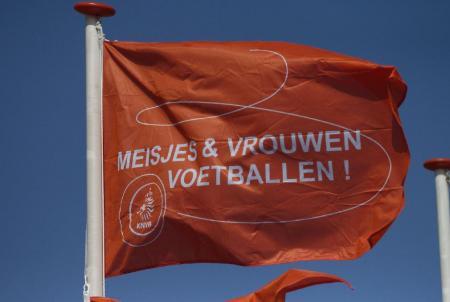Nieuwsflits Meidenvoetbalschool Twente : 23 aanmeldingen inmiddels.