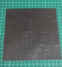 <製作事例>  パズル形状 マグネットステッカー