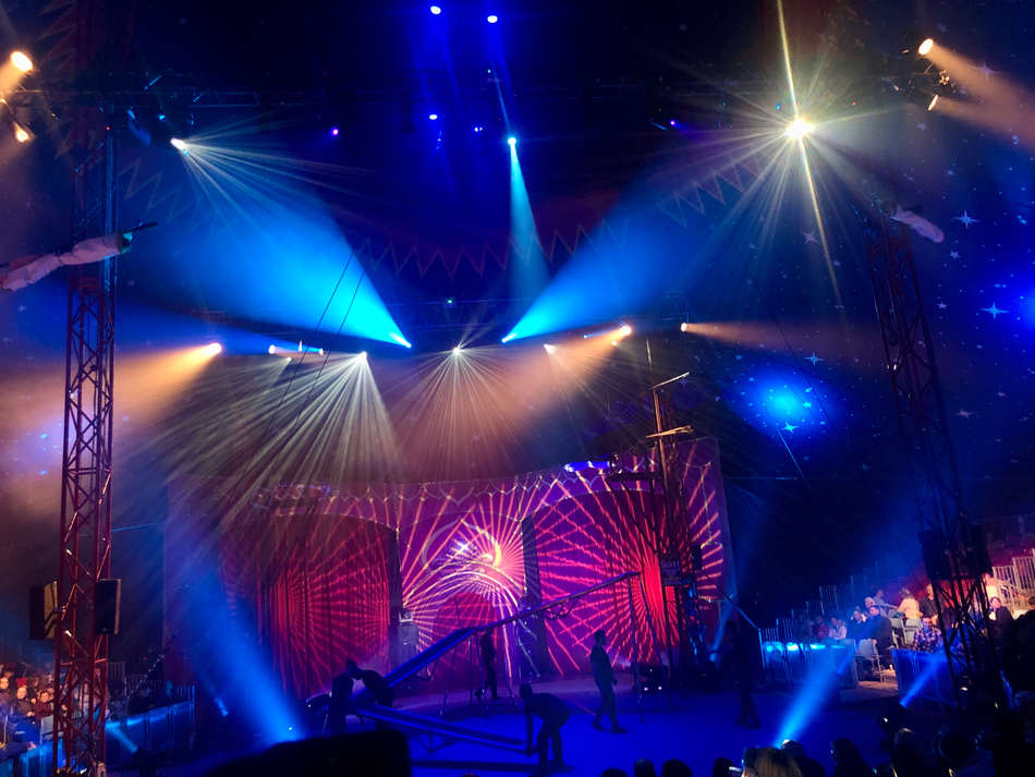 Cirque Surreal - Trafford Centre