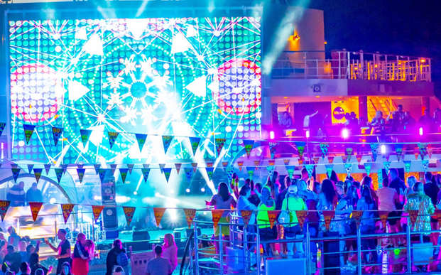 Electric Sunsets 2019 - Cruise Back To The 90's