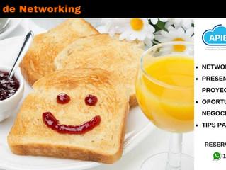 Desayuno de networking.
