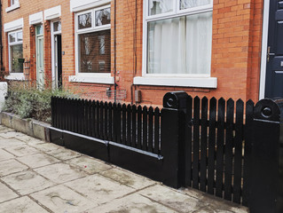 Fence and gate facelift