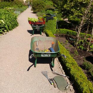 Gardeners' Tea Break