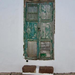 Lanzarote abandoned door