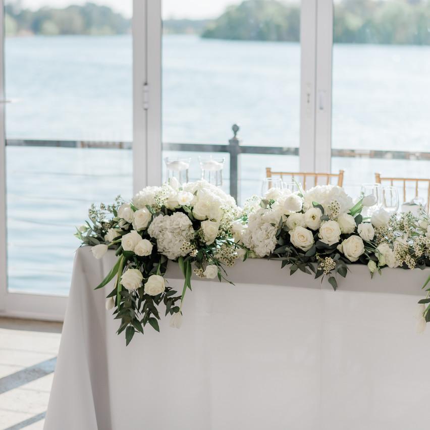 Main table flowers