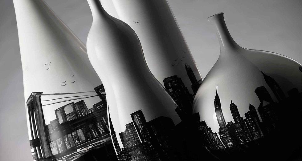 Vaso bianco nero di alto design, stile moderno lineare, dipinto lo skyline di new york