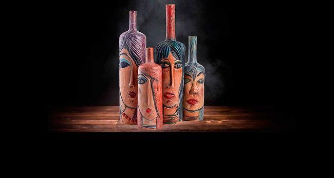 Bottiglia di arredo in stile moderno.