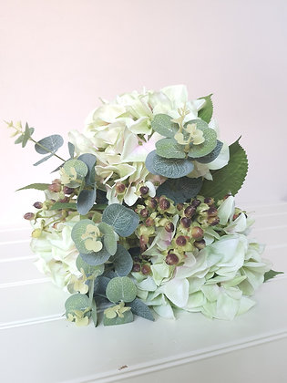 The Nelly Bouquet