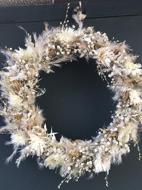 Kranz aus Trockenblumen
