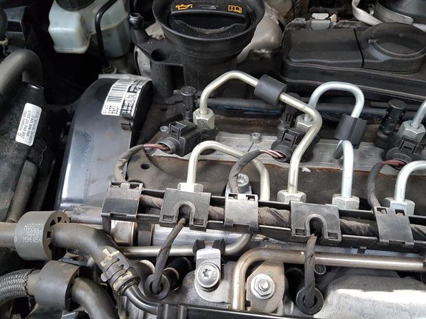 diesel engine bay