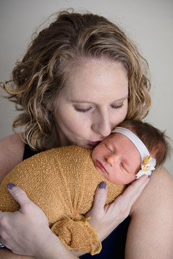 newborn photographer marion IL