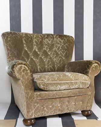 Sessel aus gelbem Samt