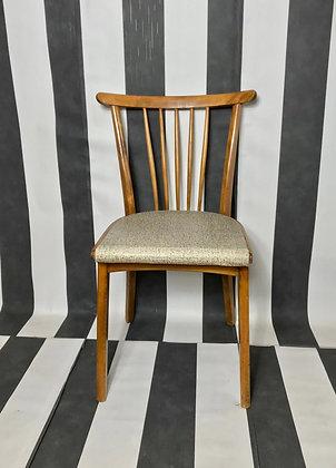Küchenstühle mit weisser Sitzfläche