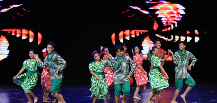 Muntinlupa National High School Kultura Nasyonal Dance Troupe