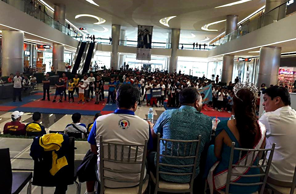 WEKAF Opening of the 1st PEKAF Invitational Tournament at SM Seaside City with Cebu City Sports Commissioner Allan B. Delantar, Dep. Mayor for Sports Coun. Jungabs Gabuya, Mrs. Universe Philipines 2017 Marilou Lot Villanueva and Sen. Miguel Zubiri.