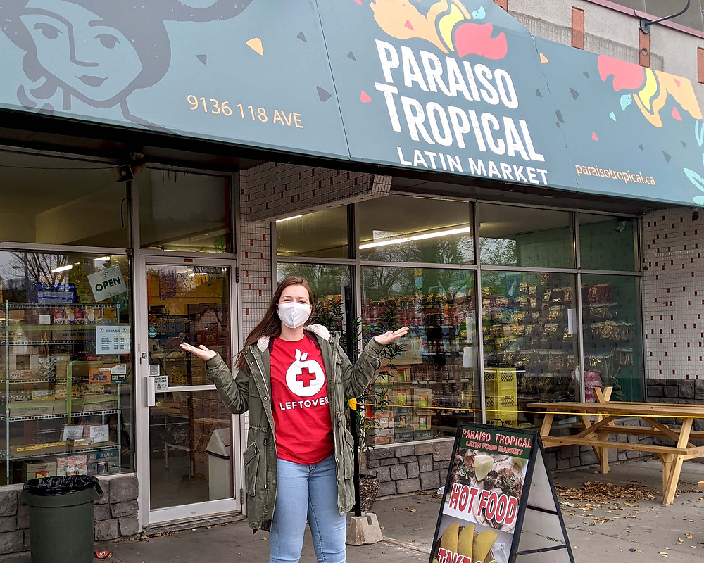 Leftovers volunteer stops by Paraiso North to pick up food rescue donations.