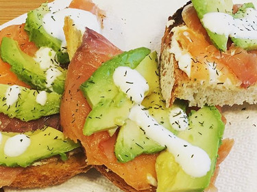 Toast with Salmon and Avocado #healthybr