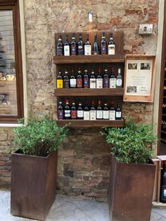 יינות מונטהפולציאנו.jpg