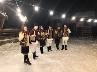 רקדנים בשלג.JPG