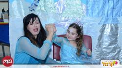 רות בארץ הסיפורים יום הולדת גיל 4