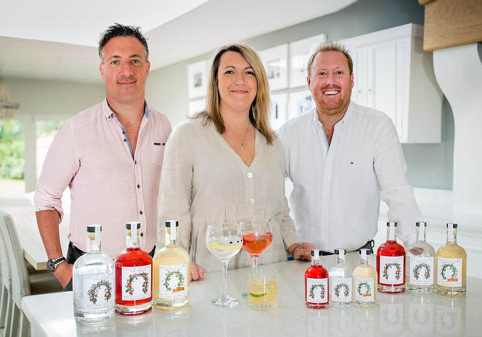 Multum Gin Parvo Team