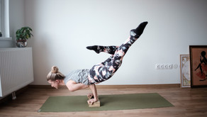 6 Steps to Plan Your Yoga Marketing Photoshoot