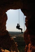 סנפלינג במערת הקשת