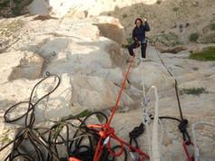 גלישות מגובה 25 מטר