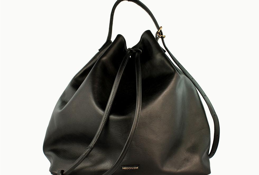 """Grand """"Le sac"""" black satin leather"""