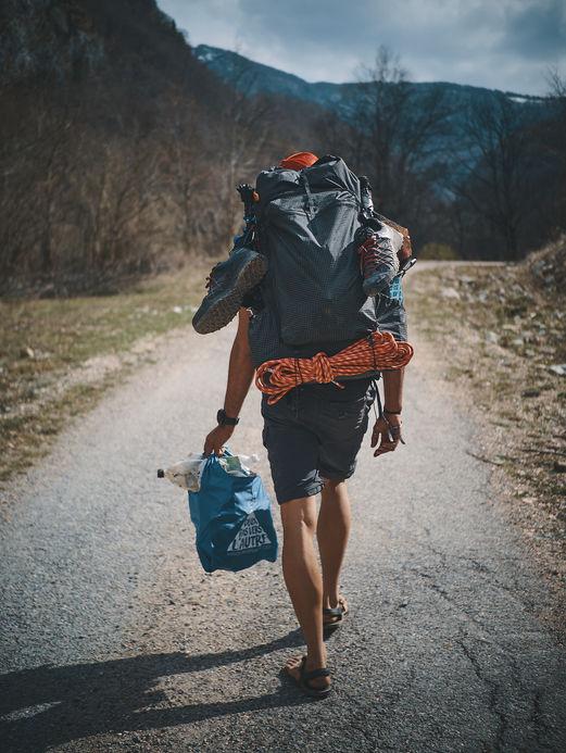 deux pas vers l'autre, 2PVA, traversée de l'Europe, voyage à pied, randonnée ultralight, europe, monténégro, randonnée monténégro, 1kg for the planet