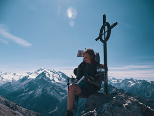 deux pas vers l'autre, 2PVA, thru-hike europe, ultralight hiking trip, europe, switzerland, alps, upper valais, marie