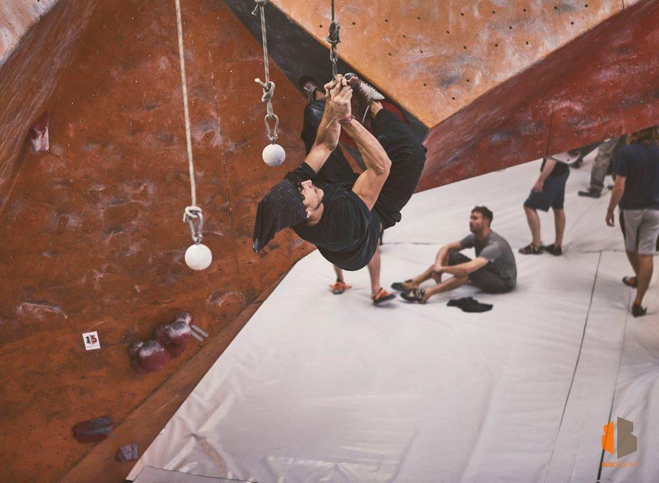 Deux Pas Vers l'Autre - Climbing - Bouldering - Blocbuster