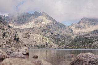 Calme et silence sur le lac