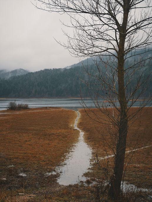 deux pas vers l'autre, 2PVA, traversée de l'Europe, voyage à pied, randonnée ultralight, europe, slovénie, randonnée slovenie, Notranjska, lac cerknica
